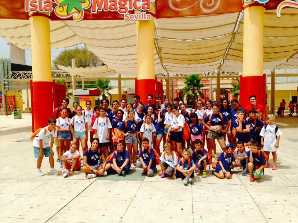 isla-magica excursion at summer camp